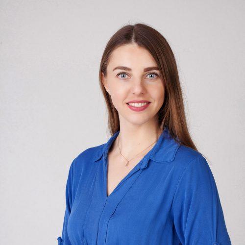Justina StulgaitytėLektorių ir bendruomenės ambasadorė justina@wowuniversity.orgTel. nr.: +37062373538